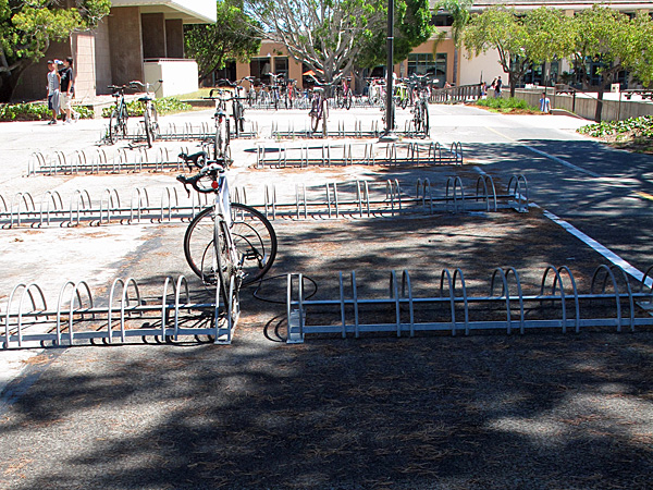 In a few places, UCSB has wheel-bender racks that provide neither support for the bikes nor adequate locking points—these were clearly selected by someone who did not park a bicycle.