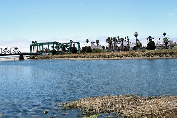 boardwalk_across_the_river